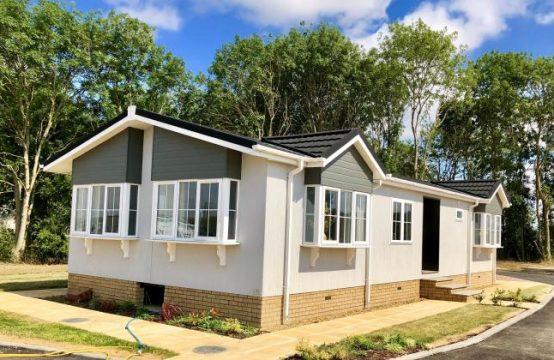 Tingdene Barnwell, 45 x 20, including 15 x 12 Garage &#8211&#x3B; Clifton Park