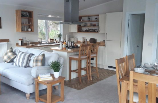3 Bed Luxury Lodge, South Coast, Milford-on-Sea
