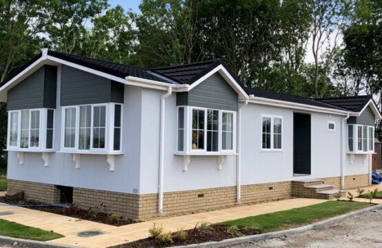 Brand New Tingdene Barnwell 45′ X 20′ Including 15′ X 12′ Garage – Clifton Park (Plot 116)